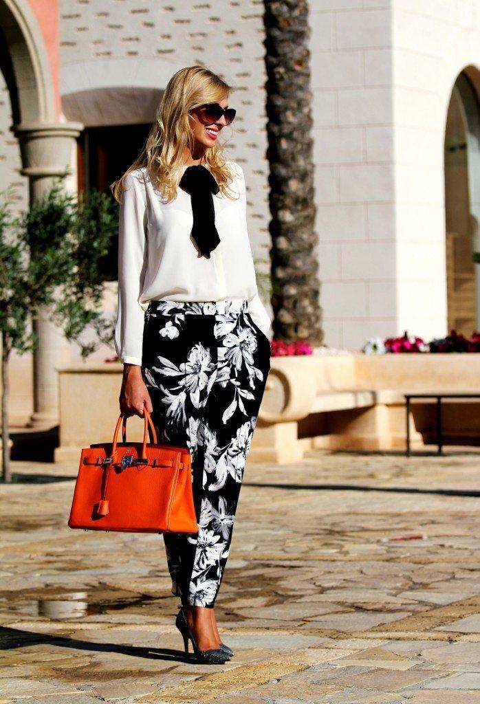 pantaloni imprimeuri