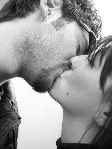 cel-mai-lung-sarut