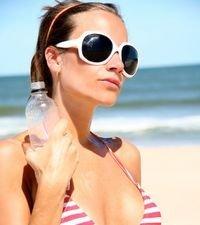 coafurile-pentru-plaja-vara-la-mare-2009