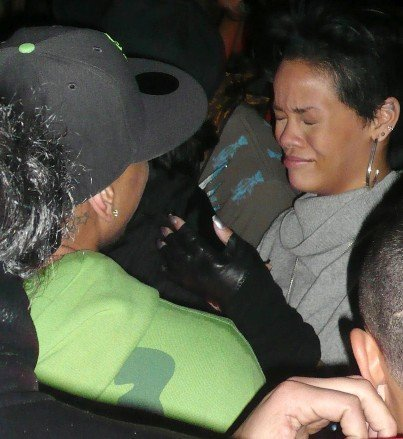 rihanna brown dublin 090109