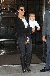Kourtney+Kardashian+Shoes+R5hOB3ut9Gsl