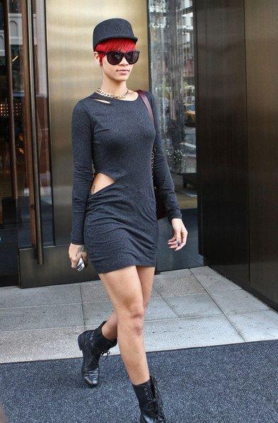 Rihanna+Hats+uM_JNwOd9yKl