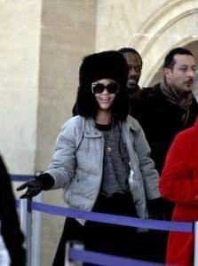 EXCLUSIVE: EXCLUSIVE: Rihanna catching the Eurostar in Paris.