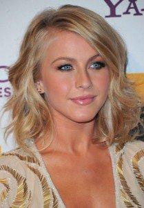 32-Women-Hairstyles-for-medium-hair-2013