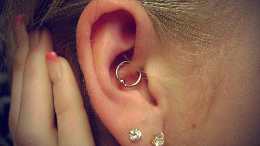 ear piercin