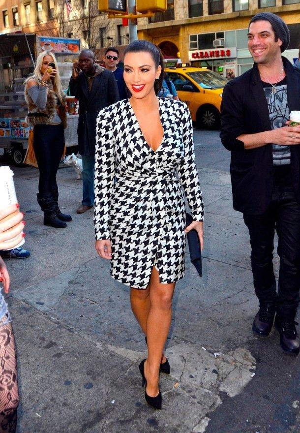 NEW YORK, NY - OCTOBER 07: Kim Kardashian sighting on October 7, 2011 in New York City. (Photo by Alo Ceballos/FilmMagic)