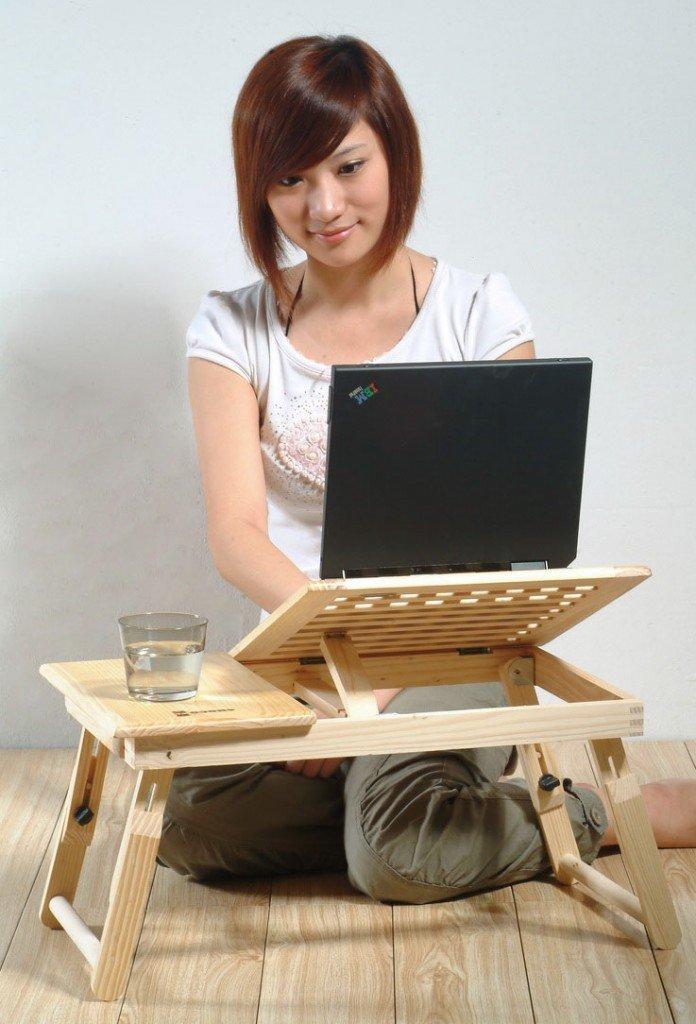 masă laptop lemn