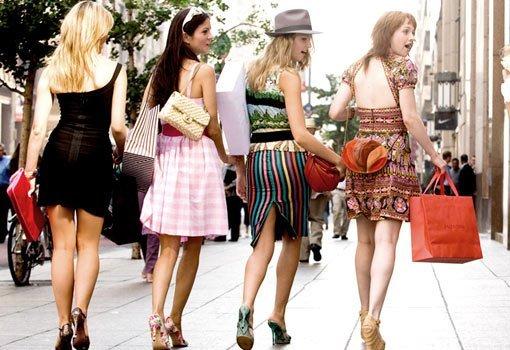 efectul-cumparaturilor-la-femei
