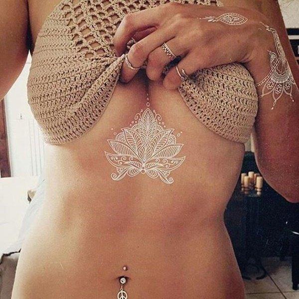tendinte tatuaje